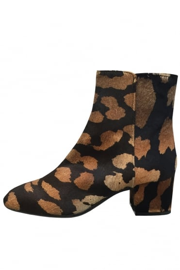 Leopard Print Low Heel Ankle Boot D142502