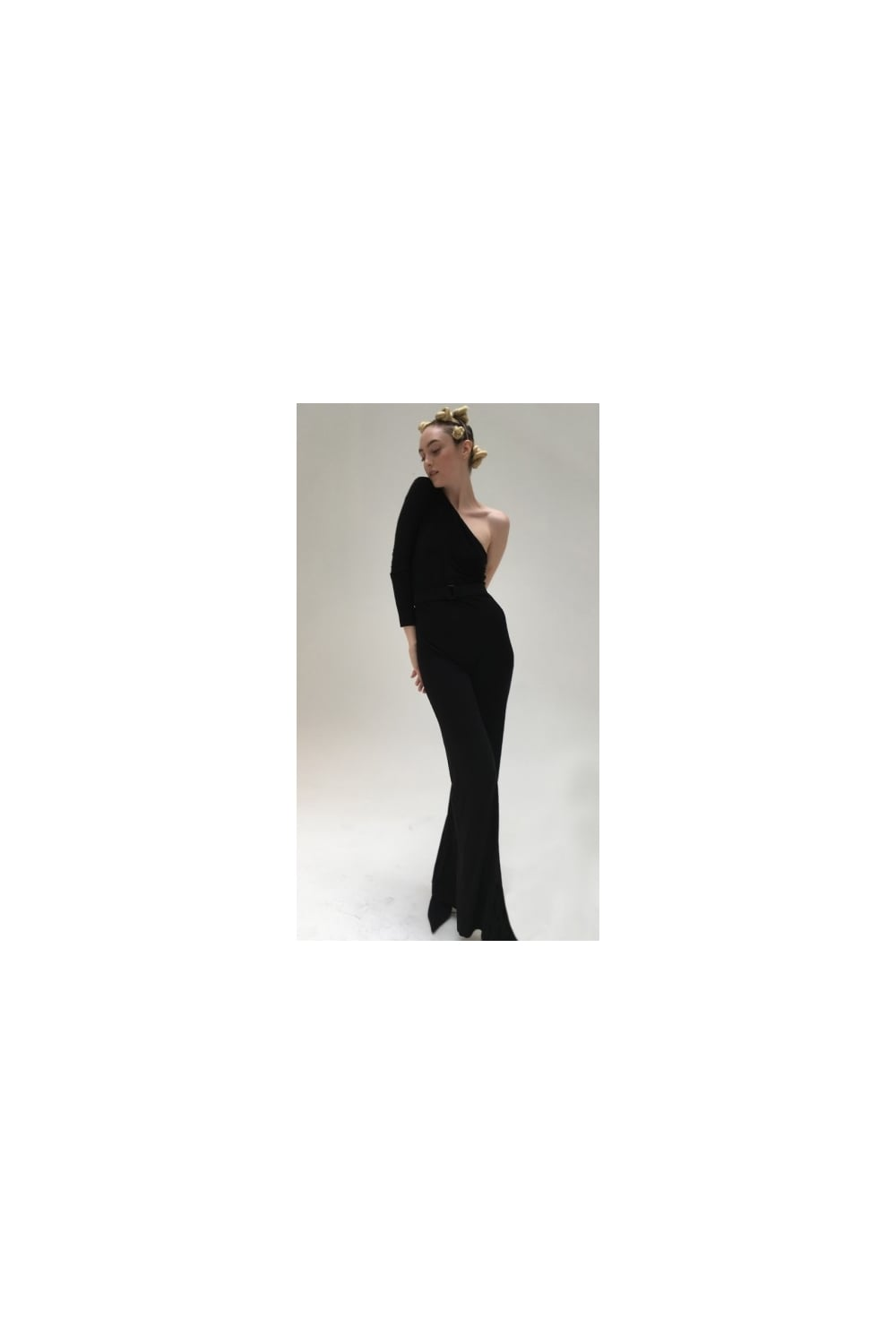 8d371eecc65c Norma Kamali Women  039 s One Shoulder Velvet with Mid Belt Black Jumpsuit