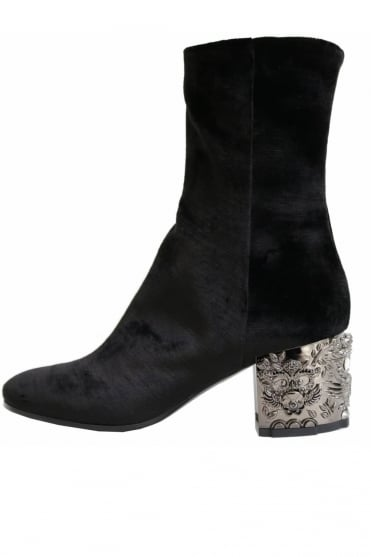 Strategia Women's A3499-T Velvet Black Boots